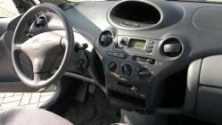 Zdjęcie Toyota Yaris 1.0 Terra